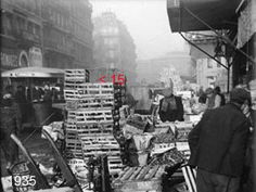 Rue des Halles en 1935