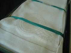9 Antique Irish Linen Damask Guest Towels Unused Matched Set