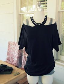 No Sew Jewelled Halter: T-Shirt DIY - Ugh. This TANKED. Turned out nothing like the picture. :(
