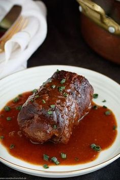 Classic beef roulade – my family recipe – easy to cook - dinner recipes healthy Sunday Recipes, Easy Dinner Recipes, Easy Recipes, Breakfast Recipes, Dessert Recipes, Easy Family Meals, Easy Meals, Bacon Recipes, Cooking Recipes