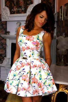 #moda #women #style #beauty #dresses #colorful #womensfashion #blogger #fashion #look #modafeminina #love #glamour #instamoda #cool #fashionistayes #awesome #perfect #smoriss Pretty Dresses, Feminism, Glamour, Summer Dresses, Womens Fashion, Beauty, Colorful, Style, Awesome