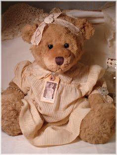 How to age a regular ol' bear to look vintage!