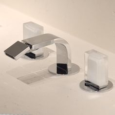 Dreiloch-Bidet-Armatur Venezia IN mit flachem Auslauf | Fantini | Design: Thun & Rodriguez | Muranoglasgriffe, verschiedene Oberflächen