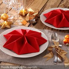 Napkins fold star: make fascinating table decoration itself - Hair Beauty - Food and Drink - Christmas - DIY and Crafts - Home Decor Christmas Drinks, Christmas Time, Christmas Crafts, Christmas Decorations, Home Crafts, Diy And Crafts, Paper Crafts, Buffets, Napkin Folding