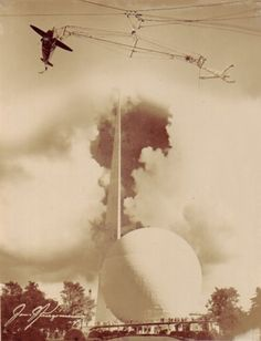 New York World's Fair 1939: Stunt Plane and Acrobat