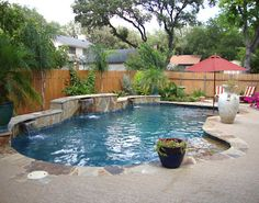 Give your patio a more natural look by choosing simple yet elegant materials. Create a Texas pools and patios around& The post Ideas of Texas Pools and Patios appeared first on Utility Collective. Small Backyard Pools, Backyard Pool Landscaping, Backyard Pool Designs, Swimming Pools Backyard, Swimming Pool Designs, Simple Pool, Pool Companies, Pool Water Features, Pool Builders