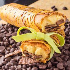 Resorts World Manila, Chocolate Crunch, Eclairs, Custard, Hamburger, Caramel, Sandwiches, Cake, Ethnic Recipes