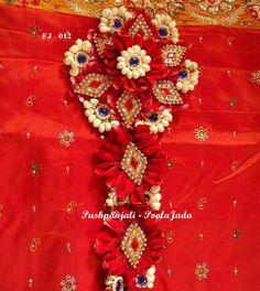 Poola Jada with red rose petals and jasmine