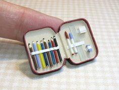 Dolls House Artists Paint Palette Miniature Studio School Accessory