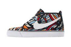 Nike 2013 Spring/Summer Toki Textile #TSAMFW #4 http://losperrosnobailan.blogspot.com/2013/04/these-shoes-are-made-for-walking-4.html?spref=tw