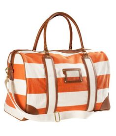H&M overnight bag - I'm a tinge in love.  I see a Circle Center visit in my future...