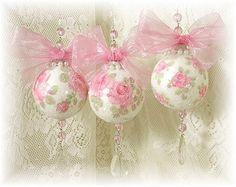 apositivelybeautifulblog: (via MY PINK CHRISTMAS / Chic Pink Christmas)