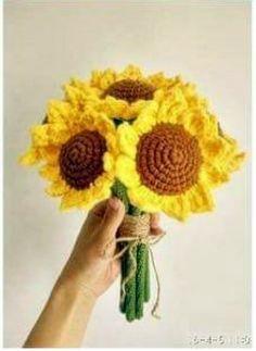해바라기 꽃 다발 만들기 과샷 입니다. 째려보기 시작~~ ㅎㅎ 출처 : weibo.com/u/2430940612 / 사진속 개...