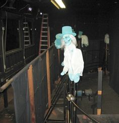 behind the scenes of the original Hitchhiking ghosts effect at Haunted Mansion