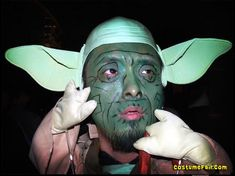 Amazing Star Wars Cosplays You Have To See | Darth Vader Approves …and because not all Star Wars cosplays can be perfect here are some really bad cosplays!