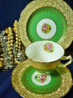 GEORGE JONES CRESCENT TEA CUP AND SAUCER TRIO HP Floral GREEN GOLD CHINTZ c1927+ | Antiques, Decorative Arts, Ceramics & Porcelain | eBay!