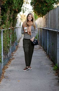Easy Weekend Outfit on the Blog www.rosecitystyleguide.com