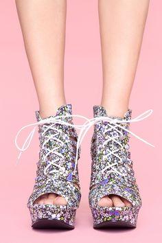 e090e9140aa5 such cute spring shoes want Shoe Image