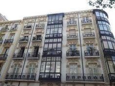 Vistas de edificios de Zaragoza España