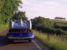 """Mercedes-Benz Rennwagen-Schnelltransporter """"Blue Wonder"""""""