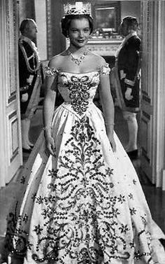 """Romy Schneider, 1954 - film """"Les jeunes années d'une reine"""""""