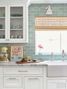Cool 58 Gorgeous White Kitchen Backsplah Ideas https://homeylife.com/58-gorgeous-white-kitchen-backsplah-ideas/