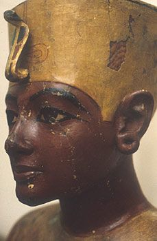 This  mannequin or effigy of Tutankhamun is life-sized and shows his upper torso and head, but without any arms. It is made of wood, covered in plaster and painted, and it is a very life-like representation of the king.    The exact use of this figure is not certain, but it may have been used to display Tutankhamun's robes or necklaces and collars.
