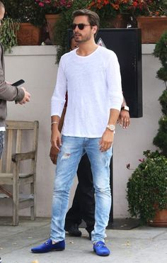 "BYRON R. CARELSE - ""Ripped jeans, plain tee, baggy jersey, loafers, timberlands.....simple yet effective"""