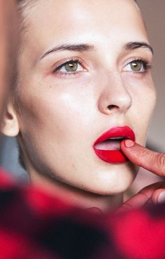 Jason Wu nails the perfect red lip