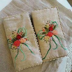 #embroidery#stitch#needlework#sewing  case  #프랑스자수#일산프랑스자수#자수 #소잉케이스 #여러가지 바느질기법과 함께 만들어보는 재미있는 시간들. ..