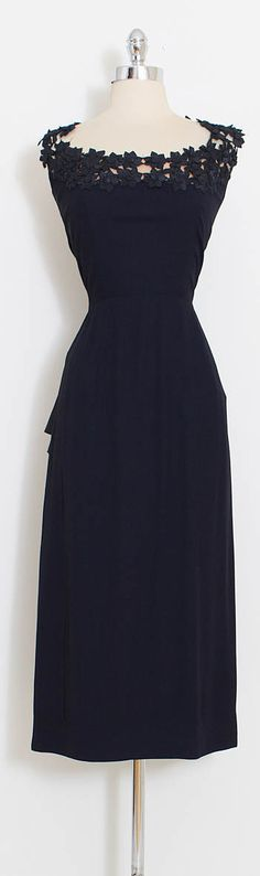 ➳ vintage 1950s dress * black rayon crepe * gorgeous woven flower neckline * nude illusion backing * back acetate sash * peplum waist * metal side zipper * no label but very reminiscent of Chapman and Hunt condition | excellent fits like medium length 49 bodice length 17 bust 38-40 waist 28 ➳ shop http://www.etsy.com/shop/millstreetvintage?ref=si_shop ➳ shop policies http://www.etsy.com/shop/millstreetvintage/policy twitter | MillStVin...