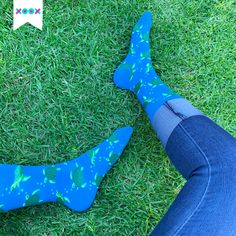 ¡Los calcetines de tortuga no pueden faltar en tu clóset! Socks, Fashion, Turtles, Outfit, Moda, Fashion Styles, Sock, Stockings, Fashion Illustrations