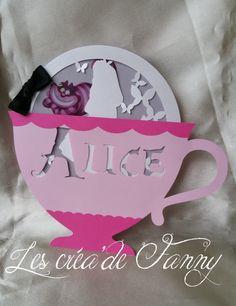 Faire part naissance et/ou baptême alice in wonderland cup : Faire-part par les-crea-de-fanny