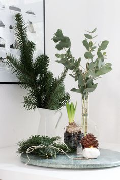A hint of Christmas in our home - via cocolapinedesign.com