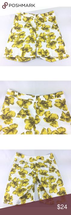 Milly Sz 10 Yellow White Floral Bermuda Shorts Excellent condition.  Milly tends to run a size or two small. Milly of New York Shorts Bermudas
