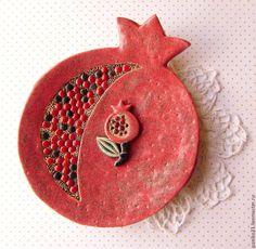"""Купить Блюдо """"Гранат"""" - ярко-красный, гранат, гранатовый, керамика ручной работы, Керамика"""