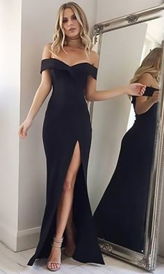 The dress is featuring off the shoulder, solid color, slit and maxi length. The dress is elegant and fashion. The dress is suitable for party, prom. Formal Dresses Online, Long Formal Gowns, Evening Dresses Online, Prom Dresses For Teens, Long Prom Gowns, Formal Dresses For Women, Homecoming Dresses, Party Dresses, Club Dresses