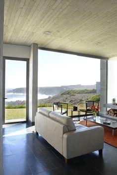 Rabanua Residence by DX Arquitectos