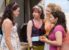 Alexis Bledel, Blake Lively, Amber Tamblyn, and America Ferrera in The Sisterhood of the Traveling Pants 2 The Cw, Top Movies, Movies And Tv Shows, Gossip Girl, Sisterhood Of Traveling Pants, French Film, Imagine Song, Jean 1, 20th Century Women