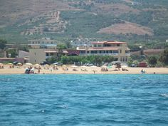 Gramvoussa Bay || Just 10 metres from the sandy beach Pahia Ammos beach, this property features sea-view, self-catered accommodation with free Wi-Fi and furnished balcony or patio overlooking Kissamos Bay and the...