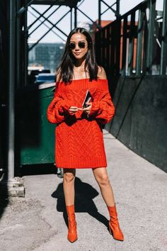 Off-shoulder knit dress and matching booties | Vogue Spain
