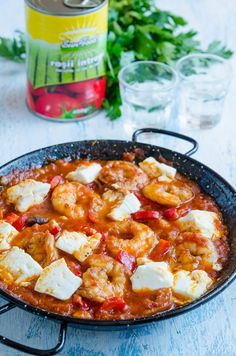 Creveti saganaki - Din secretele bucătăriei chinezești Tasty, Yummy Food, Hawaiian Pizza, Fish Recipes, Curry, Food And Drink, Vegan, Health, Ethnic Recipes