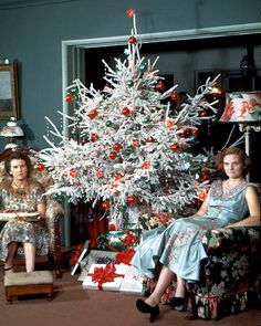 Plan59 :: Retro Vintage 1950s Christmas Ads and Holiday Art :: Christmas 1954