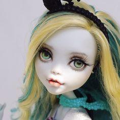 #몬스터하이 #몬하돌 #몬스터하이돌 #리페인팅 #돌스타그램 #doll #repaint #repainting #monsterhigh #dollrepainting #dollstagram #faceup #lagoona