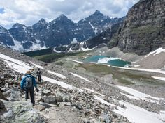 Hiking Larch Valley to Sentinel Pass from Morraine Lake. 12,6 km, 5-6 hours.