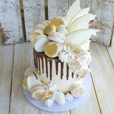 Splash of gold drip cake