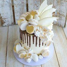 Splash of gold drip cake