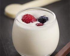 Crema de chocolate blanco con frutos rojos con thermomix® (tm5)