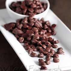 Chocolate and coffee lovers rejoice! Chocolate covered espresso beans are easy to make, and even easier to eat. Chocolate Covered Espresso Beans, Chocolate Coffee, Great Coffee, Bean Recipes, Homemade Chocolate, Coffee Recipes, Food And Drink, Yummy Food, Gourmet