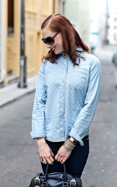 Blogger Fashion: Monochrome - Blue on blue denim | Moi Contre La VieMoi Contre La Vie Monochrome, Girls Shopping, Tops, Women, Style, Fashion, Life, Swag, Moda